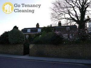 Attentive end of lease sanitation services SW13 - Barnes